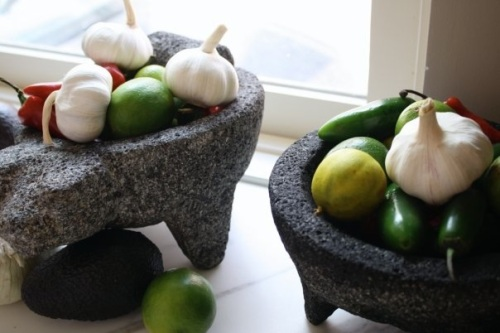 Warring Molcajetes
